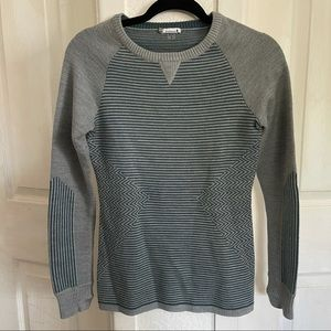 Smartwool sweater size small